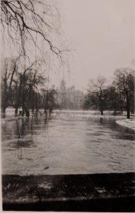 Trinity College Bridge in 1947 floods
